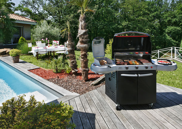 The Cyprus Bbq Store Select 3 Burner Barbecue Grill